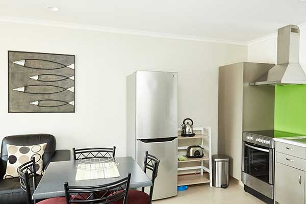 Deluxe* Two Bedroom with Kitchen